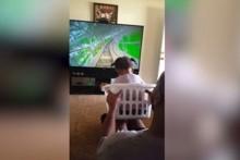 Kızına sepetle roller coaster yolculuğu yaptırdı