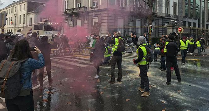 Belçikalı Sarı Yelekler sokaklara döküldü