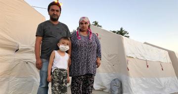 Depremzede aile 6 yaşındaki çocukları için yardım istiyor
